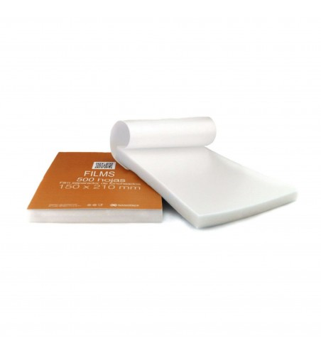 Interleaved deli plastic film/sheets 150x210mm (15x21cm)
