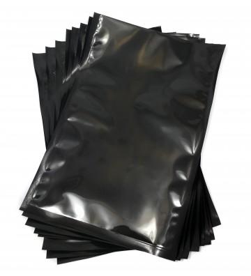Черный вакуумный пакет...